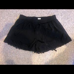 black hollister shorts (small)
